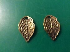 Gold tone  leaf  charms app 16mm x 10mm x 20 pack type 3