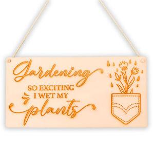Wet My Plants Garden Plaque Novelty Hanging Gift SummerHouse Sign Garden Shed