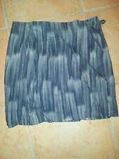 Jupe short CAMAIEU taille 38, grise