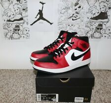 Air Jordan 1 Mid Chicago Black Toe (size 11)(Authentic with proof of purchased)