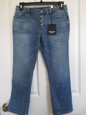 NWT - Vera Wang denim Mid Rise  4 Button Capri jeans - sz 8P - MSRP $50.00