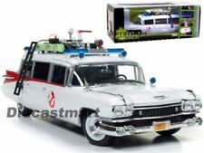 Ambulances miniatures en plastique 1:18