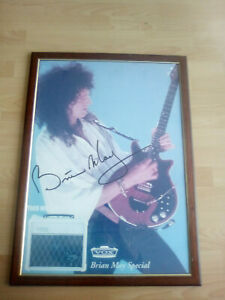 BRIAN MAY POSTER 70 x 50 SPONSOR BRIAN MAY VOX SPECIAL , introvabile,CON CORNICE