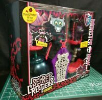 Monster High - Secret Creepers Crypt Playset - SEALED!