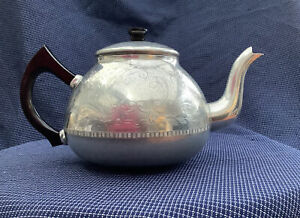Vintage Swan Brand 8 Cup The Carlton Teapot Etched Engraved