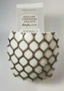 YANKEE CANDLE SCENTPLUG DIFFUSER - Gray Lattice Trails - NEW with TAGS