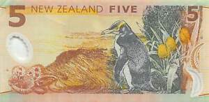 New Zealand   $5  1999  Series  BD  Polymer Circulated Banknote DNZ