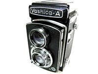 YASHICA -A TLR CAMERA 6X6 AS NEW MINT AS NEVER USED IS WORKS FINE TESTED W.FILM!