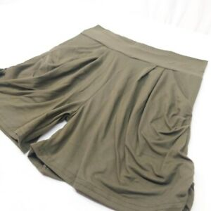 Loose fit olive green  shorts with slouchy pockets women's jr. size medium