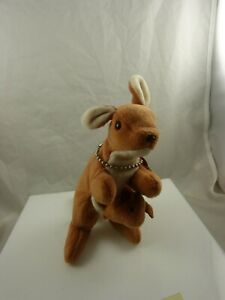 Ty pouch dob 11-06-96 style 4161 beanie baby kangaroo