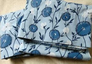 Vintage MARTHA STEWART Everyday Set of 2 Standard Pillowcases Blue Floral EUC