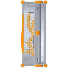 Fiskars A4/A3 Guillotine Cutter & Ruler Paper/Card Trimmer Acute/Precision F9893