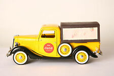 Solido 1:19 Ford V8  LKW Coca Cola  gelb rot   (16731)