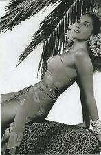 WW II   Photo --     .. Pin Up Girl  * Jinx Falkenburg      # 077