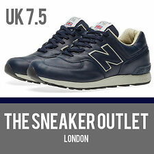 Men's NEW BALANCE 576 CNN UK taille 7.5 Bleu Marine Cuir Baskets Made in England