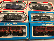 Life Like HO Scale 6 Assorted NYC circus, Erie, & D&H cars.