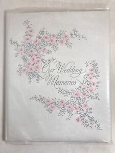 vtg Our Wedding Memories album 1967 unused padded hardcover guest book