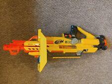 Nerf gun stampede Eecs motorised with full magazine of Nerf darts