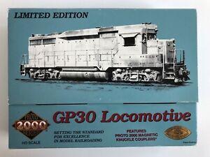 Proto 2000 23091 Ho Scale GP-30 Locomotive - Undecorated