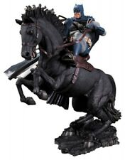 Batman The Dark Knight Returns statuette A Call To Arms 37 cm statue 313054