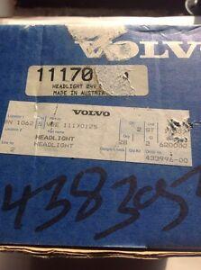 Volvo Headlight Right Hand 24V (11170125)