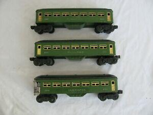 1946 Lionel Trains Lighted Pullman & Observation Passenger Car Set #2440 #2441
