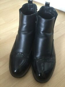 Ladies black faux leather ankle boots size 6/39