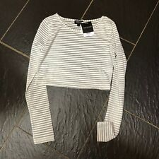 TOPSHOP GREY CREAM STRIPED LONG SLEEVED CROP TOP SIZE 10 BRAND NEW £18