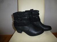 Graceland Damen Stiefeletten Boots Halbstiefel Winterstiefel Gr. 44 schwarz