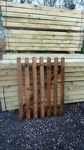 Picket Round TopGarden Wood Timber Gate 4ft heights Treated Timber 1200mm x 900