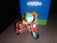 Extremely Rare! Garfield on Motorcycle Figurine Snowglobe Statue