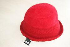 Chapeau rouge neuf marque CATCH ME 56 cm