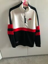 Boys Nike Air 1/4 Zip Top Size 10-12 Years/medium