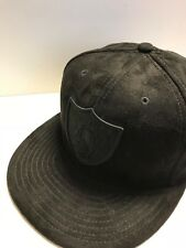 A16 NEW ERA OFFICIAL OAKLAND RAIDERS SUEDE Black Baseball Cap * Size 7 (55.8cm)