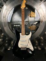 Fender Stratocaster MIM 2008 Black Electric Guitar w/ Gig Bag