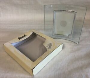 Kami Collection Genuine Clear Curved Glass Picture Frame 20047 Silver Accents