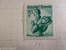 AUTRICHE AUSTRIA, 1958, timbre 890, COSTUME, neuf*, OSTERREICH VF MH STAMP