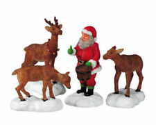 Lemax /52146/ Santa Feeds Reindeer / Aldea Navideña / Figuras de Navidad