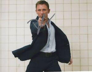 Daniel Craig authentic signed autographed 8x10 photograph holo COA