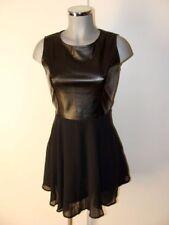 Süßes kleines Schwarzes Kleid mit Leder Imitat Oberteil Gr M NEU IID