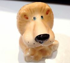 Lion figurine porcelain Gifts of excellent quality