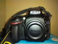 Nikon D D600 24.3MP Digital SLR Camera (Body Only) AS-IS READ DESCRIPTION