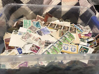 Bulk Lots Of 1000 Used World Stamp Unsorted Off Paper. Genuine Quality Kiloware.