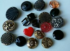 Vintage stunning lot of mixed  Glass Buttons some lovely designs