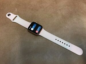 Apple Watch Series 4 40 mm Gold w/ Pink Band GPS + Cellular ++FOR PARTS iC-LOCKE