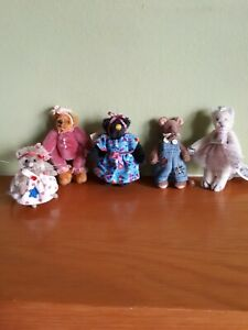 5 x Miniatures consisting 2 Bears, 2 Cats & Mouse OOAK Cottage Collectibles HW