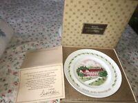 VTG 10th AVON Anniversary Plate Original Box California Perfume Company Wedgwood