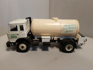 Britains iveco fiat milk tanker in playworn Condition loose tank see pics