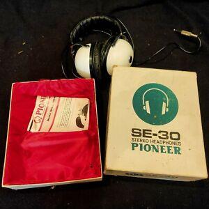 Vintage pioneer headphones with box