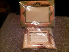 SET OF 2 UNIQUE HAND MADE IN HAWAII LEAF PHOTO FRAMES NEW IN PACKAGE